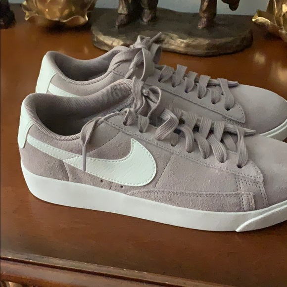 Nike Shoes - Nike low Bruin sneakers